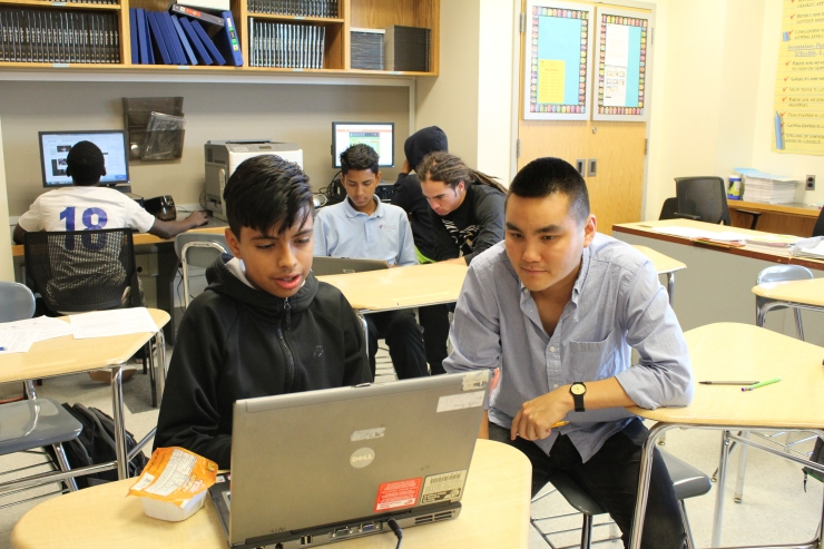 Along with its fútbol program, South Bronx United has an educational curriculum which helps youths with school work, test preparation and college applications.